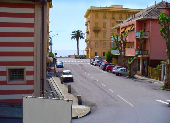 Vista e d 39 intorni picture of soggiorno al nido varazze for Soggiorno in liguria