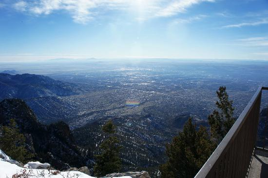 how to get to sandia peak tramway