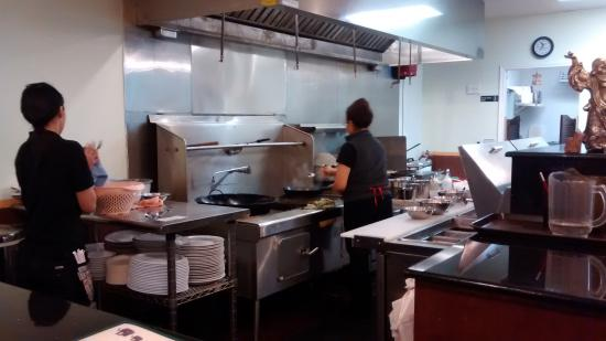 thai wok in & carry out: Food prepared fresh-to-order