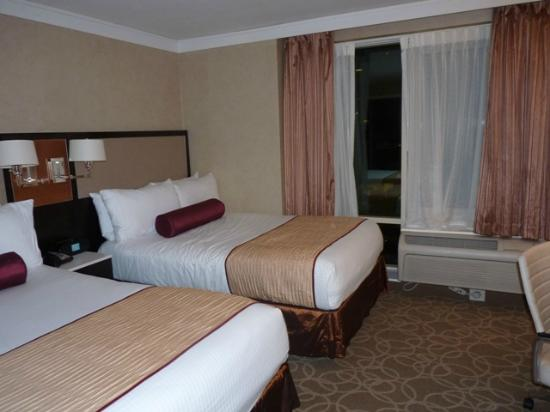 Staybridge Suites Times Square - New York City : Double Queen Beds Suite