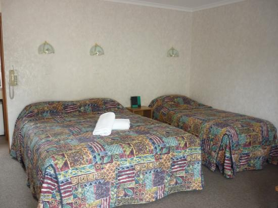 Parklands Motel: Bed