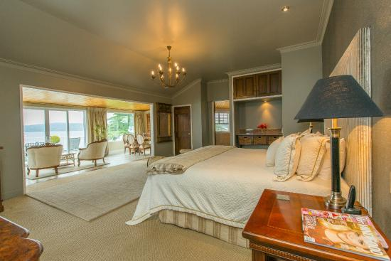 Peppers on the Point - Lake Rotorua: Main Suite
