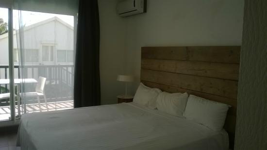 Bwa Chik Hotel & Golf : chambre