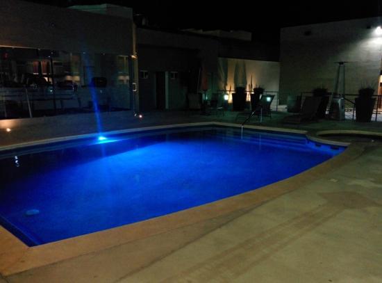 Booye Hotel : Piscina