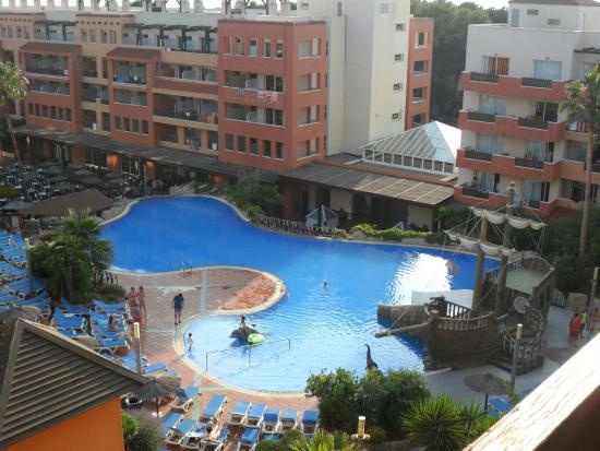H10 Mediterranean Village: Pool view