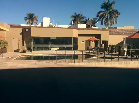 Booye Hotel : Alberca y Gimnasio