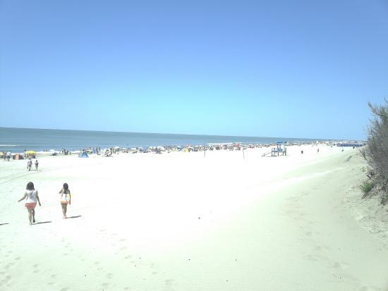 Valeria del Mar Beach: hermoso dia de playa