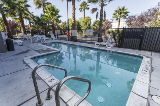 Hampton Inn Amp Suites San Jose 133 ̶1̶4̶4̶ Updated