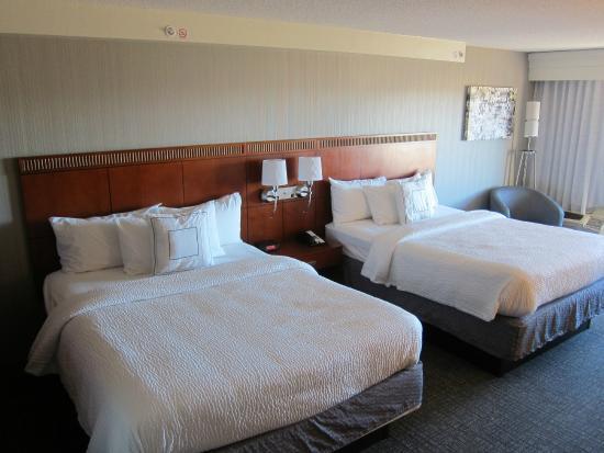 薩利納萬怡飯店照片
