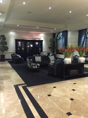 Hotel Dann Carlton Quito: Entry