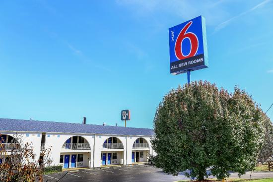 motel 6 dickson updated 2018 prices reviews tn. Black Bedroom Furniture Sets. Home Design Ideas