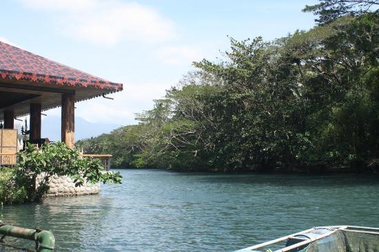 Rafting and fishing picture of villa escudero tiaong Villa escudero quezon province