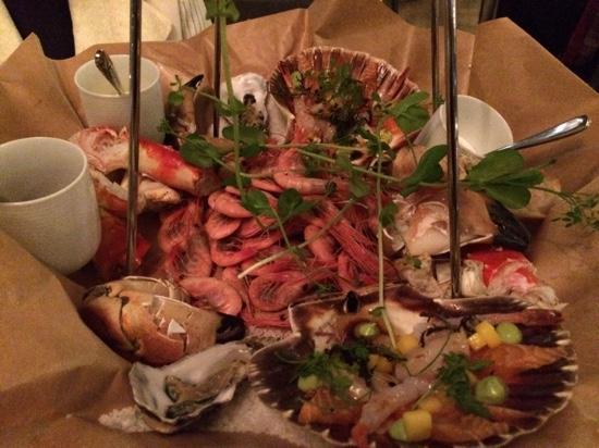 Tjuvholmen Sjomagasin: shellfish platter part 1