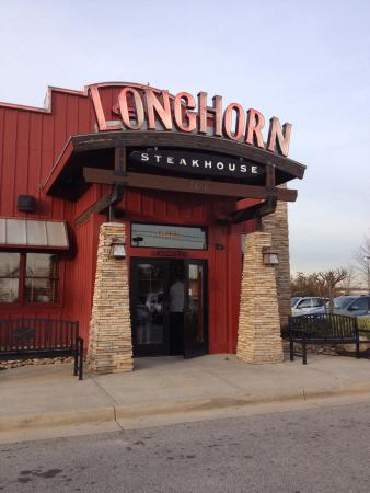 LonhHorn Steakhouse