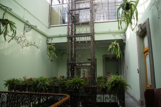 Hotel Puebla de Antano: Ascenseur
