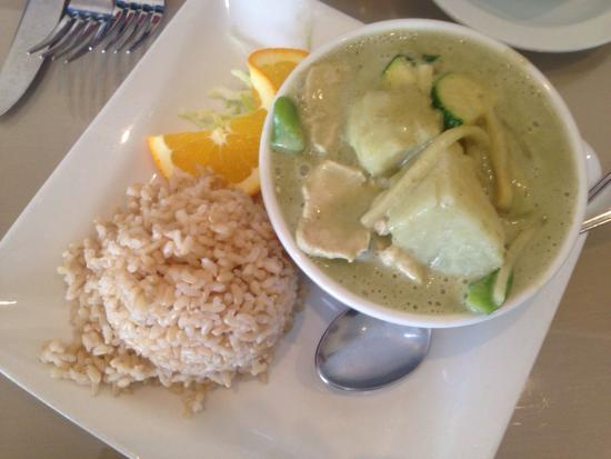 Benjarong Thai: Green Chicken Curry (with a request for potatoes) and brown rice