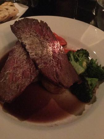 Must Kitchen & Wine Bar: Flank Steak