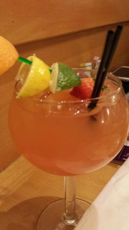 Peach sangria - Picture of Olive Garden, Danvers - TripAdvisor
