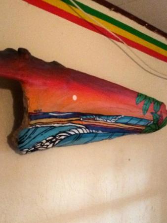 Las Camas Budget Hostel: local artwork