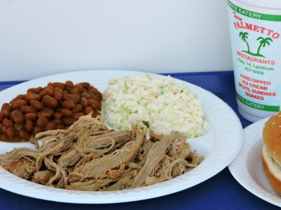 Landrum, SC: Pulled Pork combo
