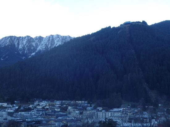 Blue Peaks Apartments: View of the mountain