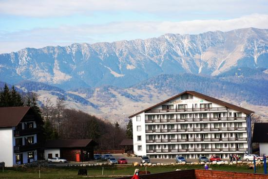 Cheile Gradistei Fundata: Piatra Craiului mountain pictured from our room