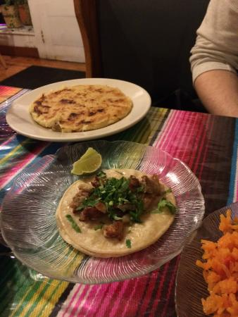 Riverton, NJ: Gordita and taco