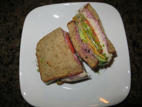 808 Deli: Turkey Sandwich