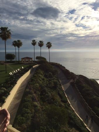 The Ritz-Carlton, Laguna Niguel: Lovely view from 180blu (rooftop patio restaurant).