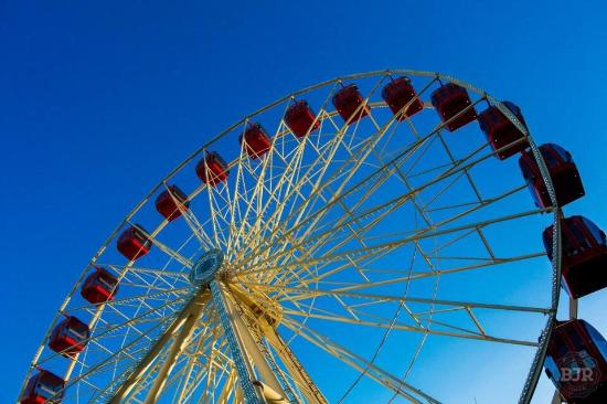 Tourist Wheel Fremantle