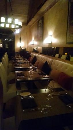 Alex Italian Restaurant: Dining room