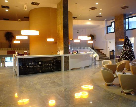 Hotel City Maribor: Reception/Lobby