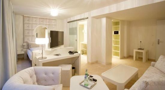 Design hotel kronjuwel bewertungen fotos for Design hotel deutschland angebote