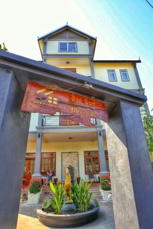 Bliss Villa: Front entrance