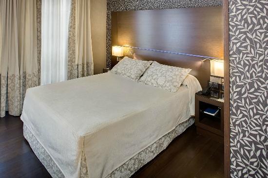 hotel colonial barcelona catalonia reviews photos. Black Bedroom Furniture Sets. Home Design Ideas
