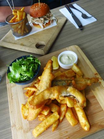 Little Blue Restaurant: Pulled pork burger and fish & chips