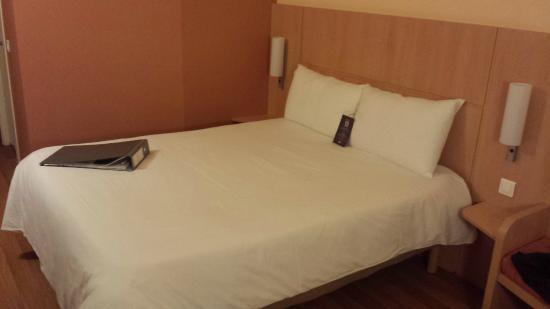 Ibis Lleida: chambre