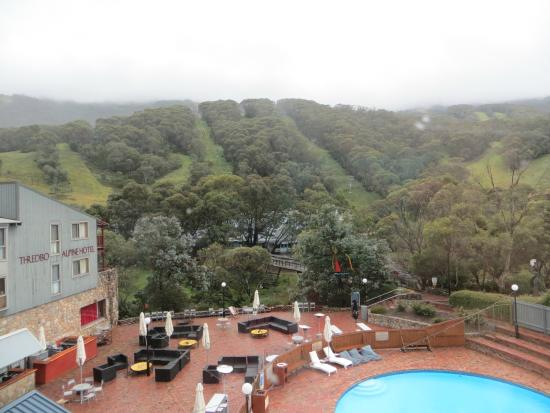 Rydges Thredbo Alpine Hotel: View from the room