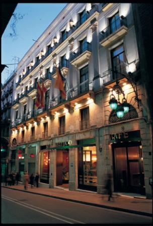 Hotel Gotico Fachada
