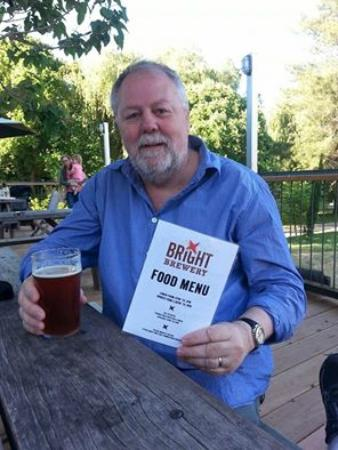 Bright Brewery: Cheers!