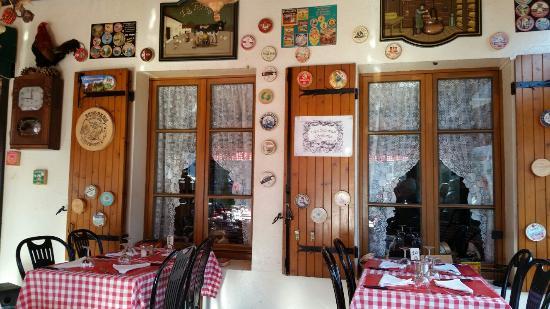 Chez Gaston Au Petit Pave