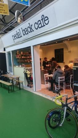 pedal back cafe
