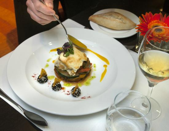 NH Collection Granada Victoria: Restaurant