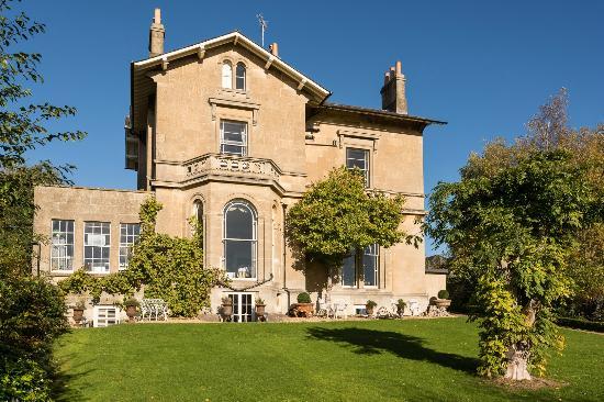 Apsley House Hotel: Garden View