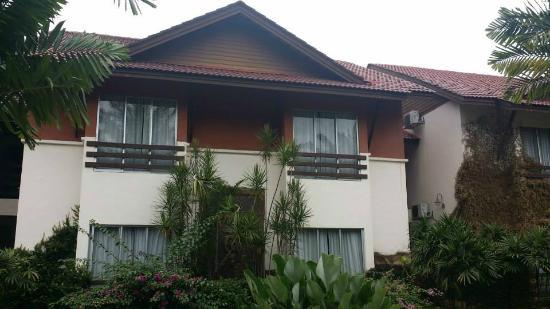 Felda Residence Hot Springs : FROM OUTSIDE