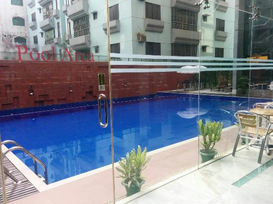 The Olives Residence & Suite: Swimming pool
