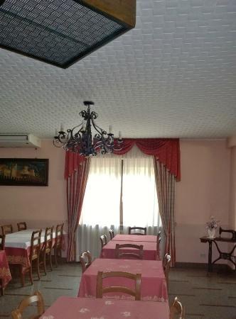 Hotel Napoleon : Arredo tipico valdostano