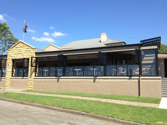 The junction inn hotel raymond terrace restaurant for Terrace hotel contact number