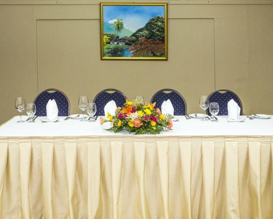Liguanea Club: Meeting Room