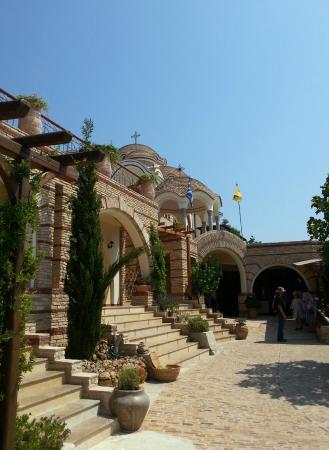 Moonbeam Hotel: монастырь Тасос